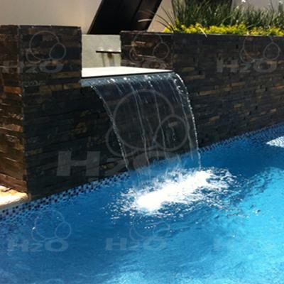Fuentes y cascadas for Modelos de piscinas con cascadas
